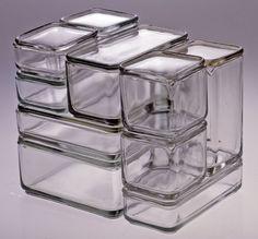 Wilhelm Wagenfeld Designer Vereinigte Lausitzer Glaswerke AG Manufacturer