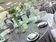 The Fancy Silver Wedding Decorations For Your High-Classed Wedding Reception