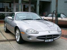 2000 Jaguar XK8 Coupe
