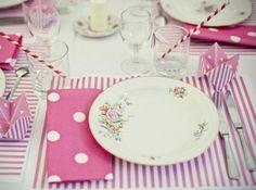 Table mariage serviette pois set raye