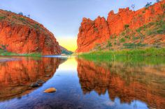 Look at those colours; a photographer's paradise. Glen Helen Gorge in the West MacDonnell Ranges, Northern Territory, Australia. What Is Australia, Australia Living, Australian Capital Territory, Land Of Oz, Scenic Photography, Adventure Is Out There, Places To See, Beautiful Places, National Parks