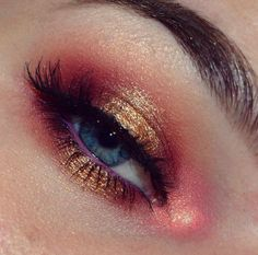 Looking for for ideas for your Halloween make-up? Browse around this website for unique Halloween makeup looks. Eye Makeup Tips, Makeup Goals, Skin Makeup, Makeup Inspo, Makeup Art, Makeup Inspiration, Beauty Makeup, Makeup Guide, Makeup Ideas