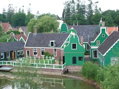 Holland Open Air Museum is full of stories hidden in the historic houses, mills and farmhouses you will find, as well as in our work, lives, customs