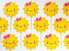 Sunshine Yellow Cupcake Toppers Birthday with Pink Bow Baby Shower Garden Party- First Birthday Decorations, Girl Birthday Themes, Baby Birthday, Summer Crafts For Toddlers, Toddler Crafts, Sunshine Cupcakes, Bow Cupcakes, Bow Baby Shower, Sunshine Birthday Parties