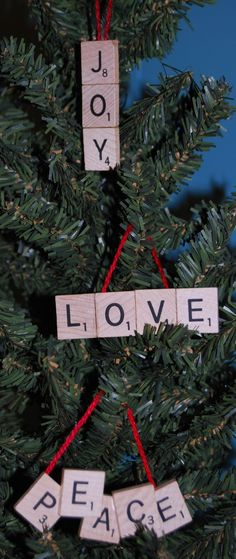 cute ornaments from scrabble tiles - Christmas Crafts Christmas Ornaments To Make, Easy Christmas Crafts, Homemade Christmas Gifts, Christmas Deco, Christmas Projects, Handmade Christmas, Christmas Holidays, Christmas Stuff, Scrabble Letter Crafts