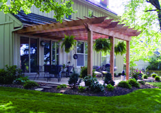 Amazing Modern Pergola Patio Ideas for Minimalist House. Many good homes of classical, modern, and minimalist designs add a modern pergola patio or canopy to beautify the home. Diy Pergola, Cheap Pergola, Wooden Pergola, Outdoor Pergola, Pergola Shade, Diy Patio, Garage Pergola, Backyard Shade, Pergola Swing