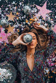 Creative Photoshoot Ideas, Photoshoot Inspiration, Hair Inspiration, Creative Photography, Portrait Photography, Fashion Photography, New Year Photoshoot, Birthday Photoshoot Ideas, New Years Eve
