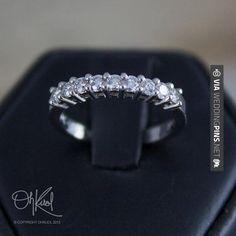 Like this - Anillos de Boda VACACIONES venta anillo de bodas de diamante compartido por OhKuol   CHECK OUT THESE OTHER SWEET IDEAS FOR GREAT Anillos de Boda HERE AT WEDDINGPINS.NET   #AnillosdeBoda #Anillos #weddingrings #rings #engagementrings #boda #weddings #weddinginvitations #vows #tradition #nontraditional #events #forweddings #iloveweddings #romance #beauty #planners #fashion #weddingphotos #weddingpictures