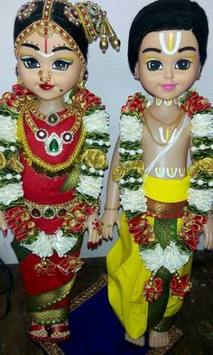 Indian dressed DOlls....