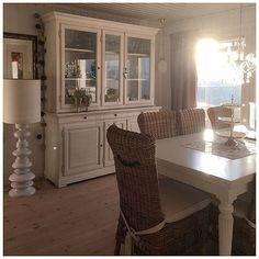 Sunny evening☀️☀️ Vi har hatt en herlig ettermiddag med soool #stue #spisestue #livingroom #diningroom #sol #sun #hjem #home #homedecor #nofilter #interior #interiors #inspiration #interiør #interiordecor #interior4all #norge #interior123 #passion4interior #norway
