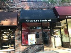 Patiently waiting for the opening of Grab Lys Banh Mi in Scarsdale, NY. 🥪🥪 Take note of the inside of the shop and all the hard work Color My World Inc has put into it!  . . #ColorMyWorldInc #dreamhome  #Renovations #Roofing #NewYork #NewJersey #Connecticut #WestchesterNy #WestchesterCounty #HudsonValley