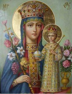 Madonna. El 22 de agosto se celebra a la Stma. Virgen María como Reina, por ser Madre de Jesús Rey del Universo.
