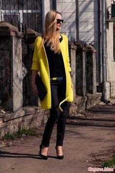 Coat For Child - Best Knitting Crochet Coat, Knitted Coat, Crochet Cardigan, Moda Crochet, Knit Art, Crochet Skirts, Black N Yellow, Cool Outfits, Sweaters For Women