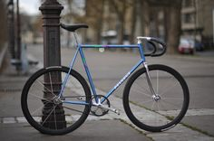Hip Hop Slave Bikes / Hipster Sleds (page 3008 Peugeot, Peugeot 205, Bici Fixed, Bicycle Types, Bike Messenger, Electric Mountain Bike, Push Bikes, Fixed Gear Bicycle, Bike Brands