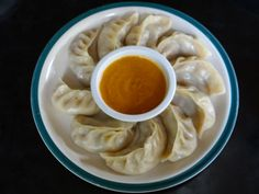 Amazing Nepalese momos | Footsteps of a Wanderer