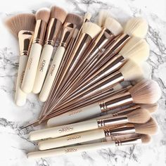 different types of makeup brushes and uses – .za - The different types of makeup brushes and uses – .za -The different types of makeup brushes and uses – .za - The different types of makeup brushes and uses – . Best Makeup Brushes, Makeup Brush Set, Best Makeup Products, Makeup Brands, Make Up Products, Makeup Companies, Makeup Brush Holders, Beauty Products, Make Up Kits