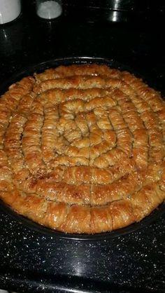 Burma Baklava im Mund - köstliche Rezepte - Pastry - Pastry Yummy Recipes, Sweet Recipes, Dessert Recipes, Yummy Food, Desserts Drawing, Turkish Baklava, Pastry Cake, Arabic Food, Turkish Recipes