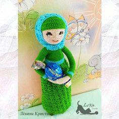 Всем привет!! Встречайте новенькую! Малышка-мусульманочка. Не свободна! Возможен повтор.  #doll #crochetdoll #handmade #handmadedoll #amigurumi #tinycrochet #toy #вязаная_кукла #кукларучнойработы #кукла #animedoll #weamiguru #weamigurumi #amigurumidoll #вязанаякукла #амигурумикукла #амигуруминазаказ #ami  #амигуруми #amigurumidoll #animefigure #handmadegifts #instacrochet #куклыназаказ #куклынапродажу  #мастеркрафт #инста_ярмарка  #хочу_в_ленту_yh #mycreative_world #villy_vanilly_shop…