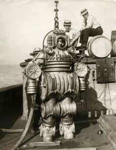 1920's diving suit