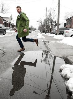 Look forward to rainy days. Eivey has gorgeous Cavalresi trench samples for sale.  #puddlejump #menswear #rainwear #raincoat #cavalresi #designer #mens #streetstyle #blunstones #streetfashion #fashion  #buyandsell #samplesale #preloved