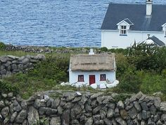 A Leprechaun House, Aran Islands, Ireland. Irish people build them outside their houses for good luck and fortune. Aran Islands Ireland, Architecture Ireland, Houses In Ireland, Irish Cottage, Scotland Uk, Emerald Isle, Free Travel, Ireland Travel, Irish People