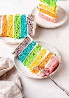 Easy Vegan Rainbow Cake Recipe (Natural Colors!) Healthy Cupcakes, Healthy Dessert Recipes, Cake Recipes, Liquid Food Coloring, Natural Food Coloring, Vegan Vanilla Cake, Vegan Cake, Vegan Sweets, Vegan Desserts