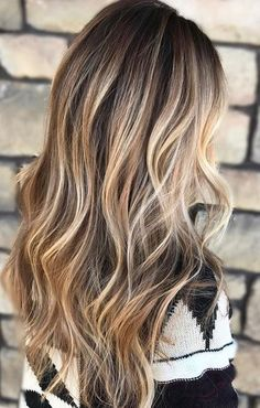 beige and bronde highlights brown hair with blonde highlights Fall Hair Highlights, Balayage Highlights, Brown Hair Blonde Highlights, Fall Balayage, Balayage Color, Caramel Highlights, Hair Color 2017, Hair Colour, Balayage Hair Blonde