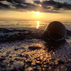 The beach is not a trash can! Keep our beaches clean.