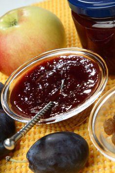 Slivkovo-jablkový džem - Recept pre každého kuchára, množstvo receptov pre pečenie a varenie. Recepty pre chutný život. Slovenské jedlá a medzinárodná kuchyňa Rum, Cake, Desserts, Food, Tailgate Desserts, Deserts, Kuchen, Essen, Postres