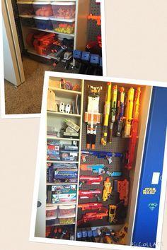A whole wall devoted to the guns · 95d73322edbd112c6f02ec7ffacb8942