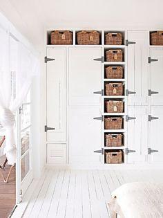 10 closet door ideas for your precious home pinterest for Placares antiguos reciclados