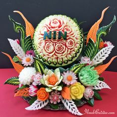 Nin's Birthday Fruit & Veggy Carving Disp Nin's Birthday Fruit & Veggy Carving Disp – Fruit Carving Tools, Fruit And Vegetable Carving, Food Carving, Fruit Carvings, Watermelon Art, Watermelon Carving, Fruit Decorations, Decoration Table, Creative Food Art