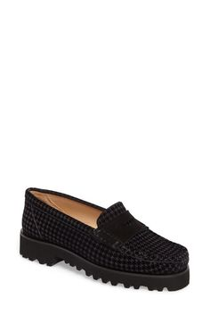 Image of RON WHITE Rita Houndstooth Water Resistant Penny Loafer