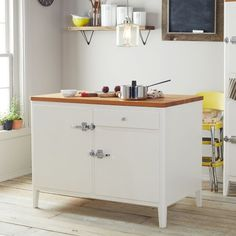 Cabin Kitchen Island...look at those hinges!
