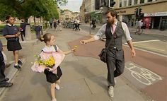 British Kids Perform Random Acts of Kindness With Record Levels of Cuteness (WATCH) - Good News Network Teaching Empathy, London Street Photography, World Kindness Day, Heart Warming Quotes, Happy City, Technology Lessons, Faith In Humanity, World Records, Library Books