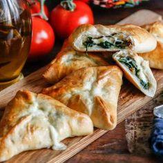 piroger med spenat och mozzarella