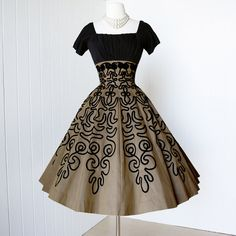vintage 1950's dress ...gorgeous golden bronze SOUTACHE PLEATED BUST full circle skirt pin-up cocktail party dress with crinoline underskirt