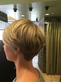 Latest 2019 Hair Style Bob cropped – – Bob cropped – – We are trying to help people to show the most great hair styles on our web site . Thin Hair Cuts, Short Hair Cuts For Women, Thick Hair, Short Cuts, Long Pixie Cuts, Short Pixie, Long Bob Hairstyles, Pixie Haircuts, Hairstyle Short