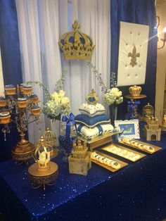 Beautiful royal prince baby shower!  @festejos_party_rentals