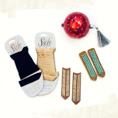 Ribbon Sandal #Holiday Accessories Package // Fun strappy sandals that give back! #ssekostyle #ssekowishlist