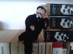 Happy Birthday! A knitted Marcel Proust