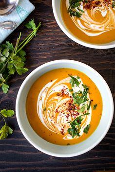 Creamy Thai Curry Kabocha Soup