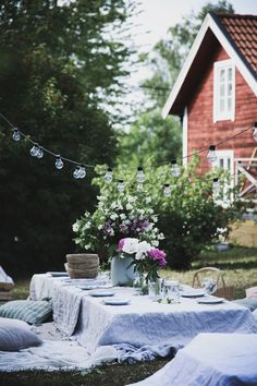 Swedish Cottage, Red Cottage, Hygge, Outdoor Spaces, Outdoor Living, Scandinavian Garden, Red Houses, Summer Cabins, Outdoor Wedding Decorations
