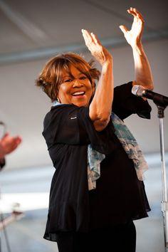 Soul Music, My Music, Mavis Staples, Otis Redding, Find Music, Neo Soul, Jazz Musicians, Jazz Blues, Soul Sisters