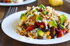 would never eat tilapia but the recipe looks good! Spicy Fish Taco Bowls - Pinch of Yum Fish Recipes, Seafood Recipes, Mexican Food Recipes, Cooking Recipes, Healthy Recipes, Healthy Foods, Cooking Tips, Uk Recipes, Weeknight Recipes