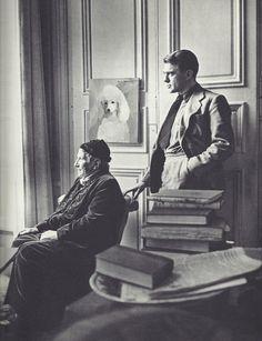 "fantomas-en-cavale: "" Horst P. Horst- Gertrude Stein et Horst, Paris, années 1930 "" Horst P Horst, Face Photography, Paris Photography, Landscape Photography, Fashion Photography, Wedding Photography, American Literature, Book Writer, Man Ray"