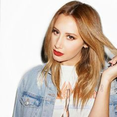 Ashley Tisdale is my queen