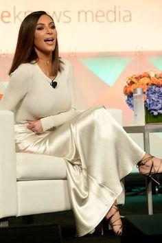 #kimkardashian Kim Kardashian silk slip dress ivory maxi silk oufit real silk slip #streetstyle #celebrity #slipdress #slip #silkoutfit #look #autumnlook #winterlook #style