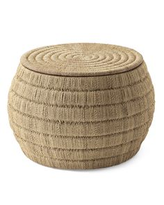 A tightly woven texture lends a clean look to this beachy design. With a top that lifts open for storage, it makes an excellent addition to any casual living space. Use it as an ottoman or coffee table.