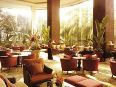 Druin Shangri-La Hotel in Manila, Philippines. The Ortigas Center location, Summer Palace's award-winning Chinese food, and this sun-bathed lobby. recipe for a good trip. Hotels In The Philippines, Philippines People, Visit Philippines, Philippines Culture, Manila Philippines, Shangri La Manila, Shangri La Hotel, Most Luxurious Hotels
